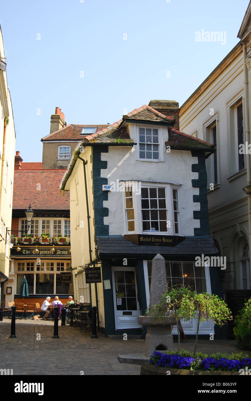 The crooked house of windsor high street windsor for Berkshire house