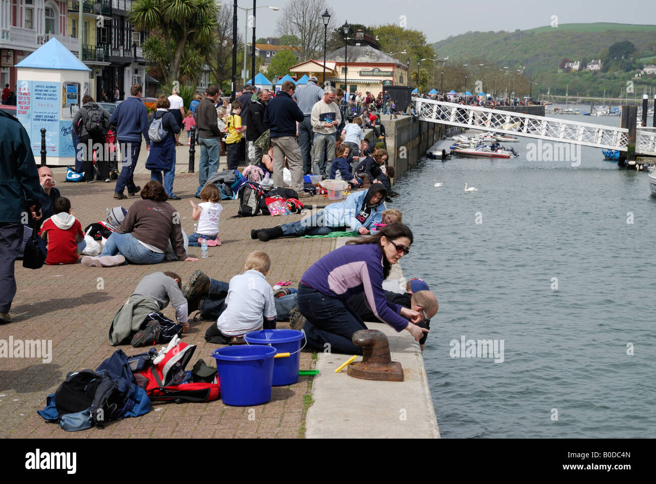 People fishing for crabs in dartmouth devon uk stock for Videos of people fishing