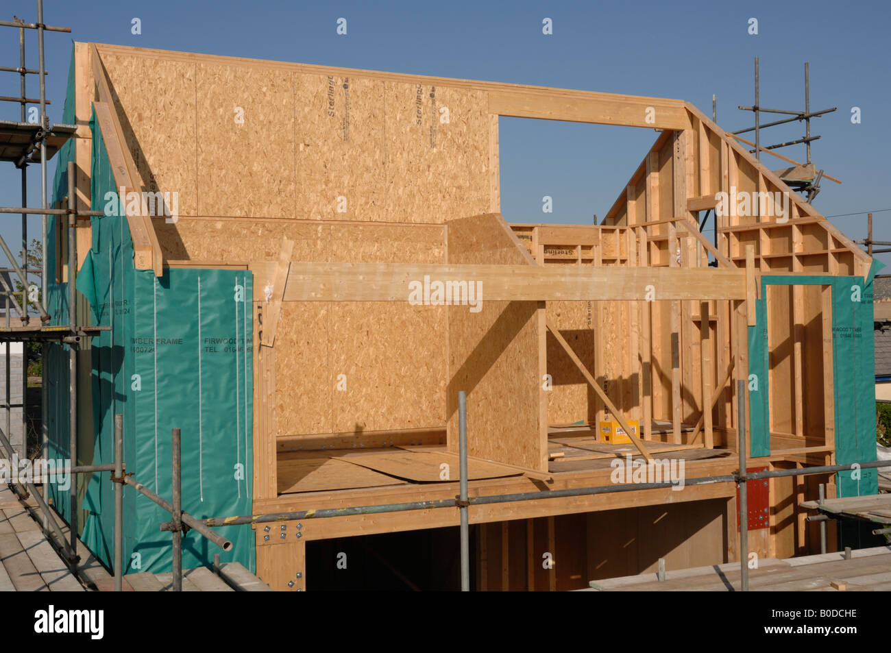 Timber frame houses wales frame design reviews for Timber frame house construction