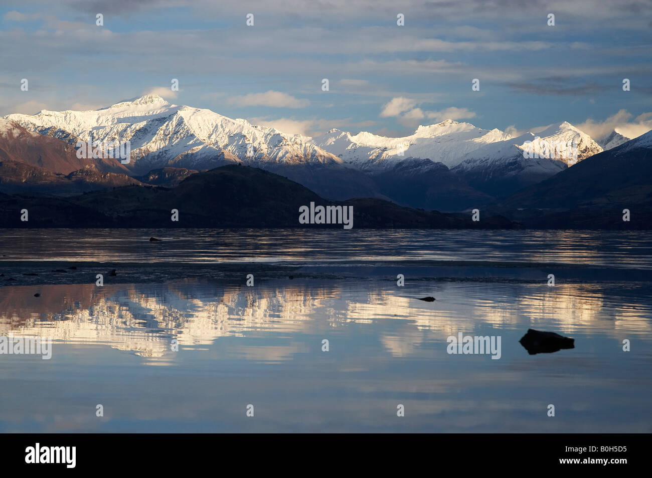 reflection mountains wanaka the - photo #9