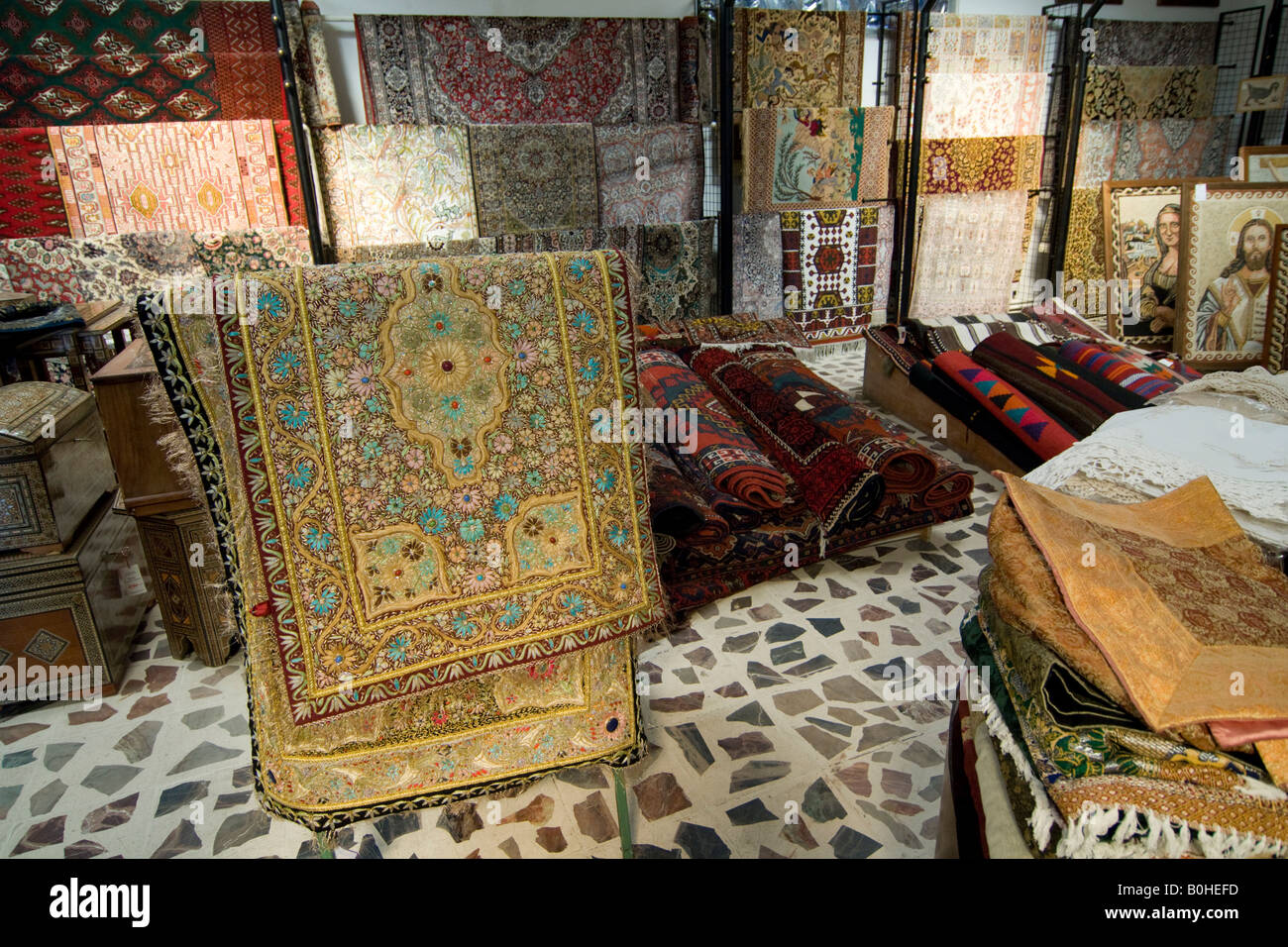 Oriental Rugs Stock Photos Oriental Rugs Stock Images Alamy
