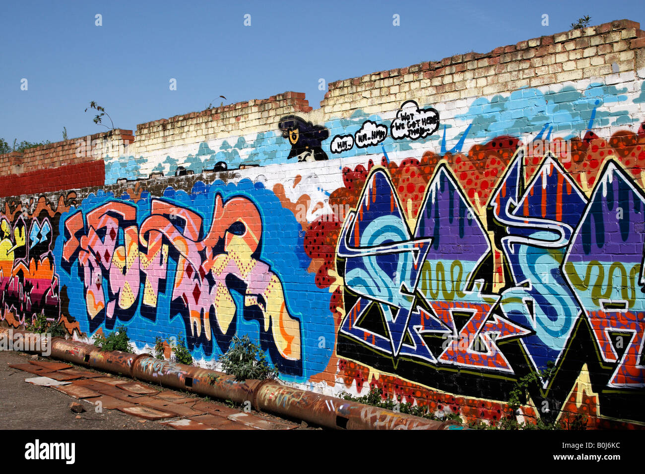 Graffiti wall uk - Graffiti Painted Brick Wall Ewhurst Surrey England Uk Stock Image