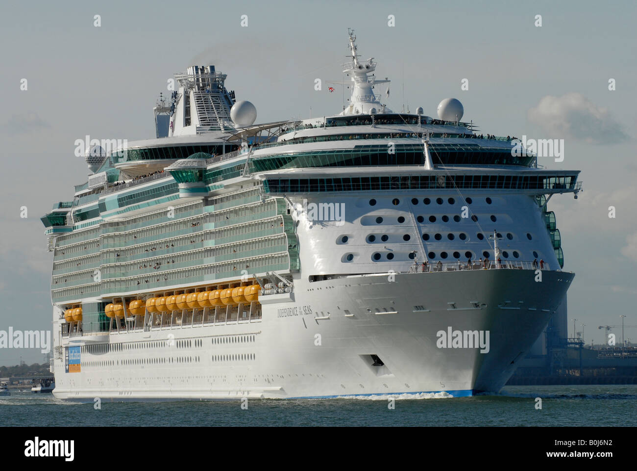 Royal Caribbean Cruise Line Ship Independence Of The Seas - Cruise ship independence