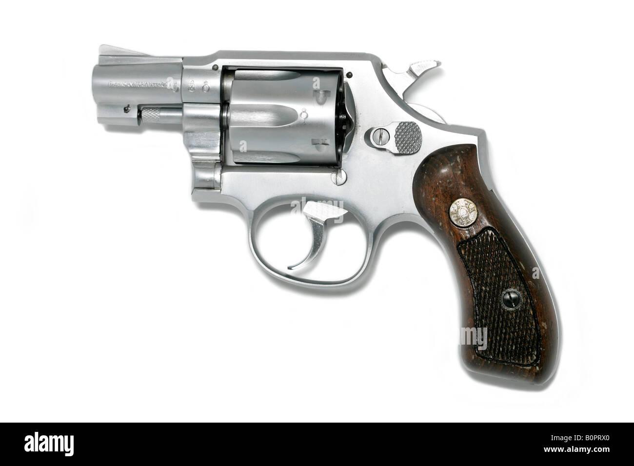 How to Shoot a Handgun
