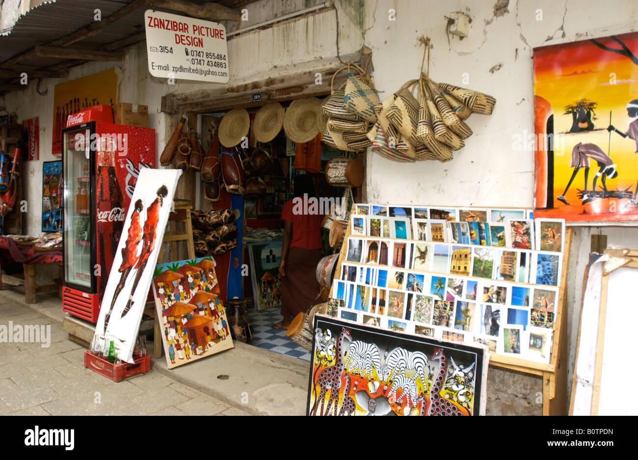 Aparador Madera Rustico ~ Art Craft Curio Tourism Stall Shop Stone Town Stock Photo