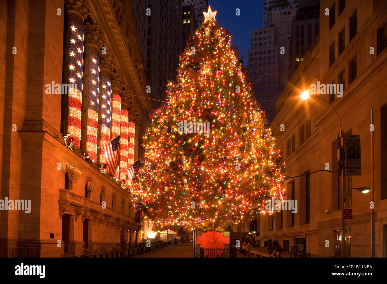 When Is The Christmas Tree Lighting In New York