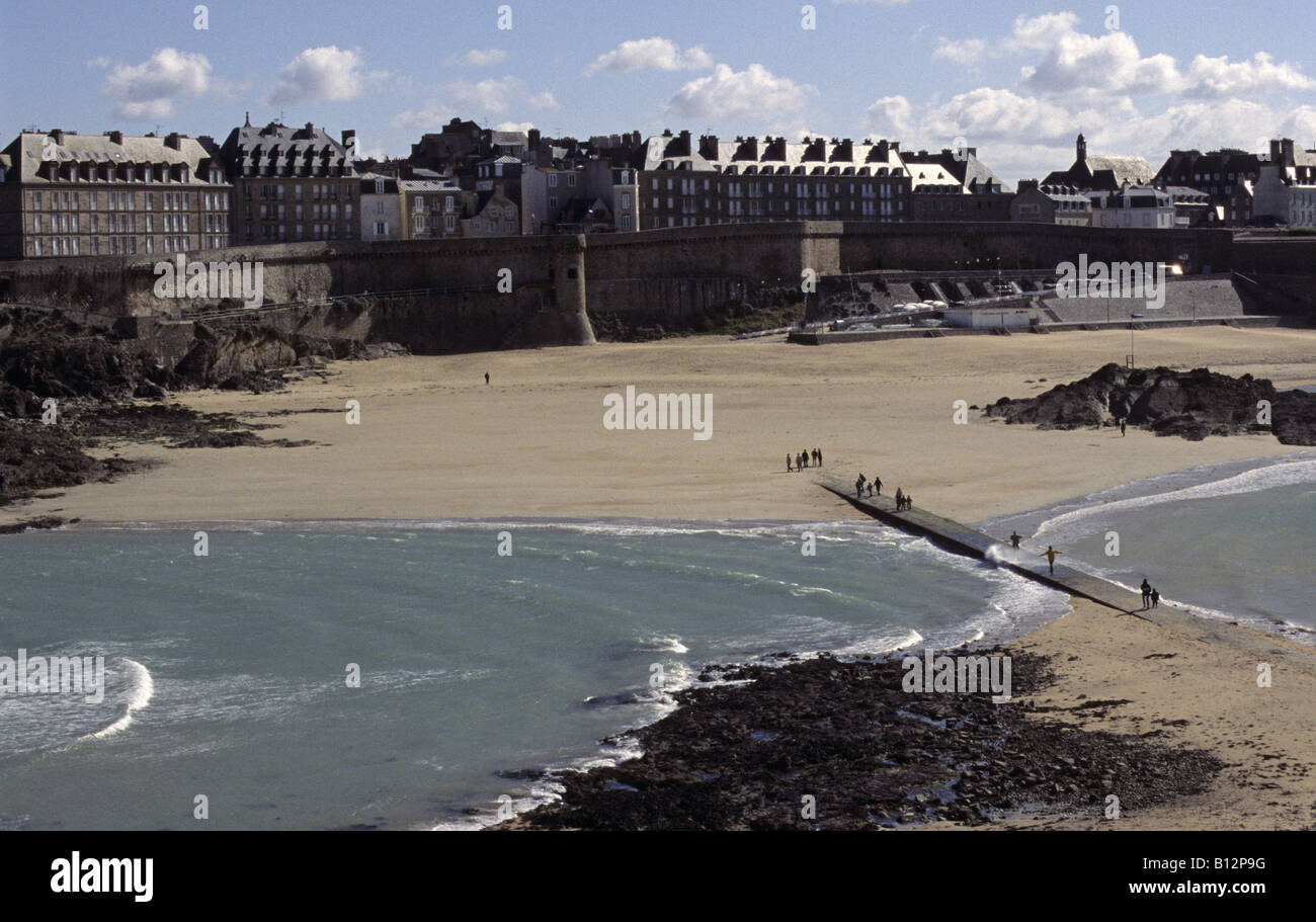 saint malo divorced singles Book your tickets online for the top things to do in saint-malo, france on tripadvisor: see 19,215 traveler reviews and photos of saint-malo tourist attractions find what to do today, this weekend, or in april.
