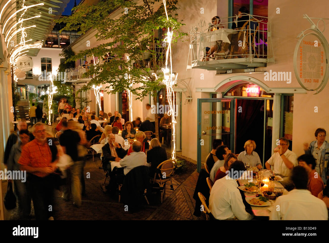 berlin rosenhoefe rosenthaler strasse berlin mitte restaurant stock photo 17901193 alamy. Black Bedroom Furniture Sets. Home Design Ideas