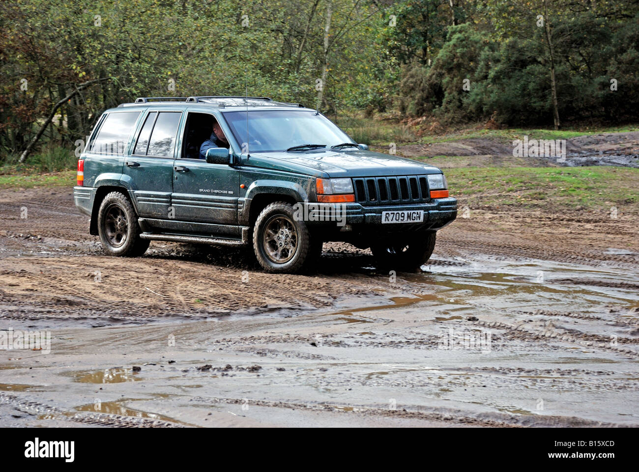chrysler jeep grand cherokee 4wd at a broxhead common bordon drive
