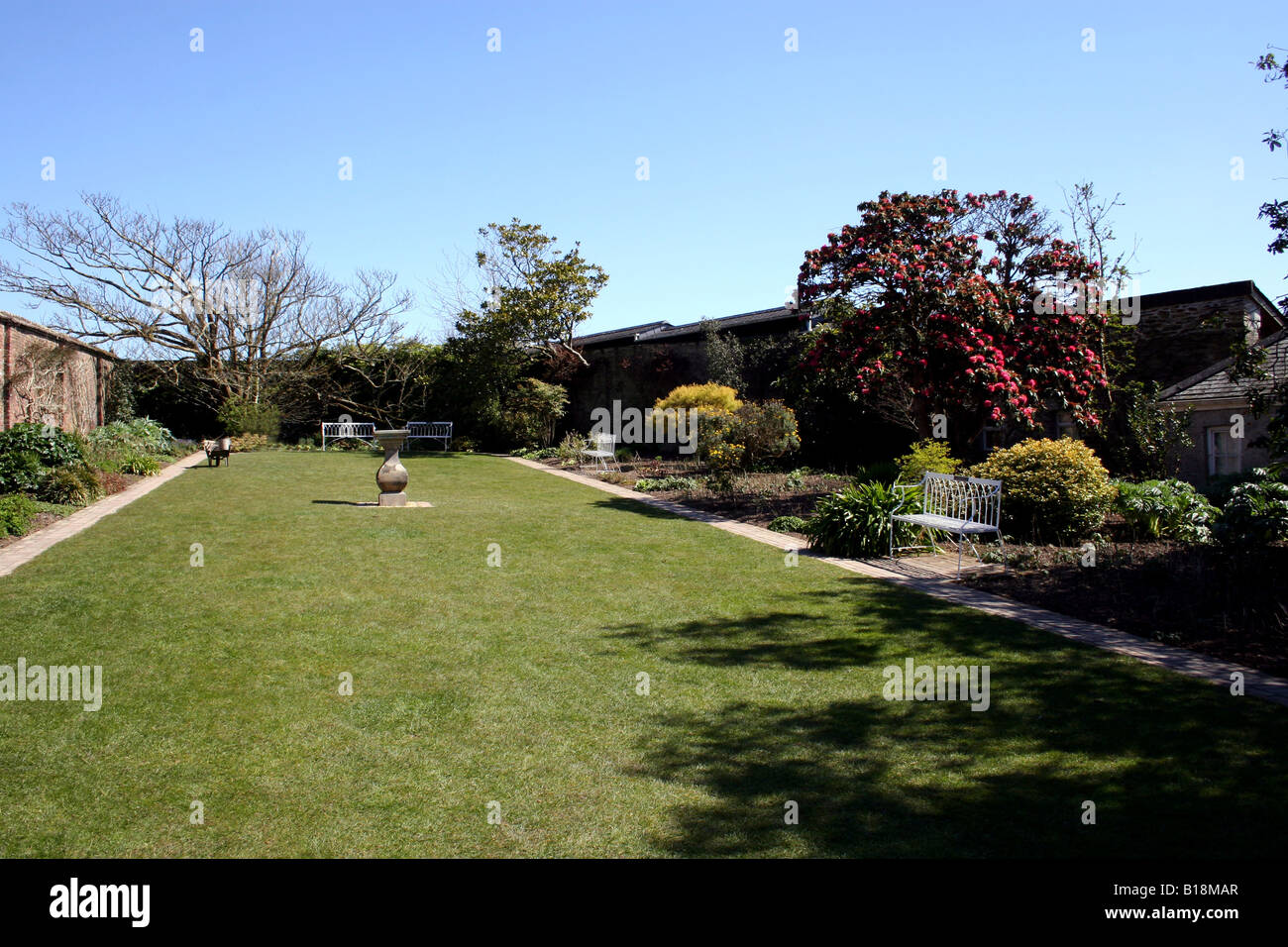THE SUNDIAL GARDEN. THE LOST GARDENS OF HELIGAN. CORNWALL. UK