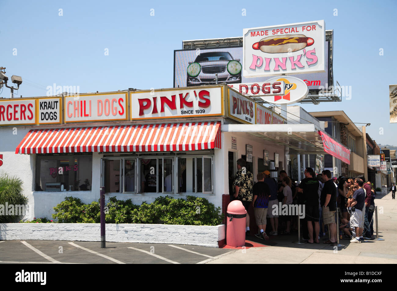 Pink S Hot Dogs Hollywood California
