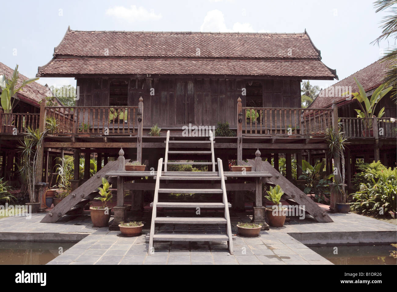 Traditional Timber Malay House At Pura Tanjung Sabtu In