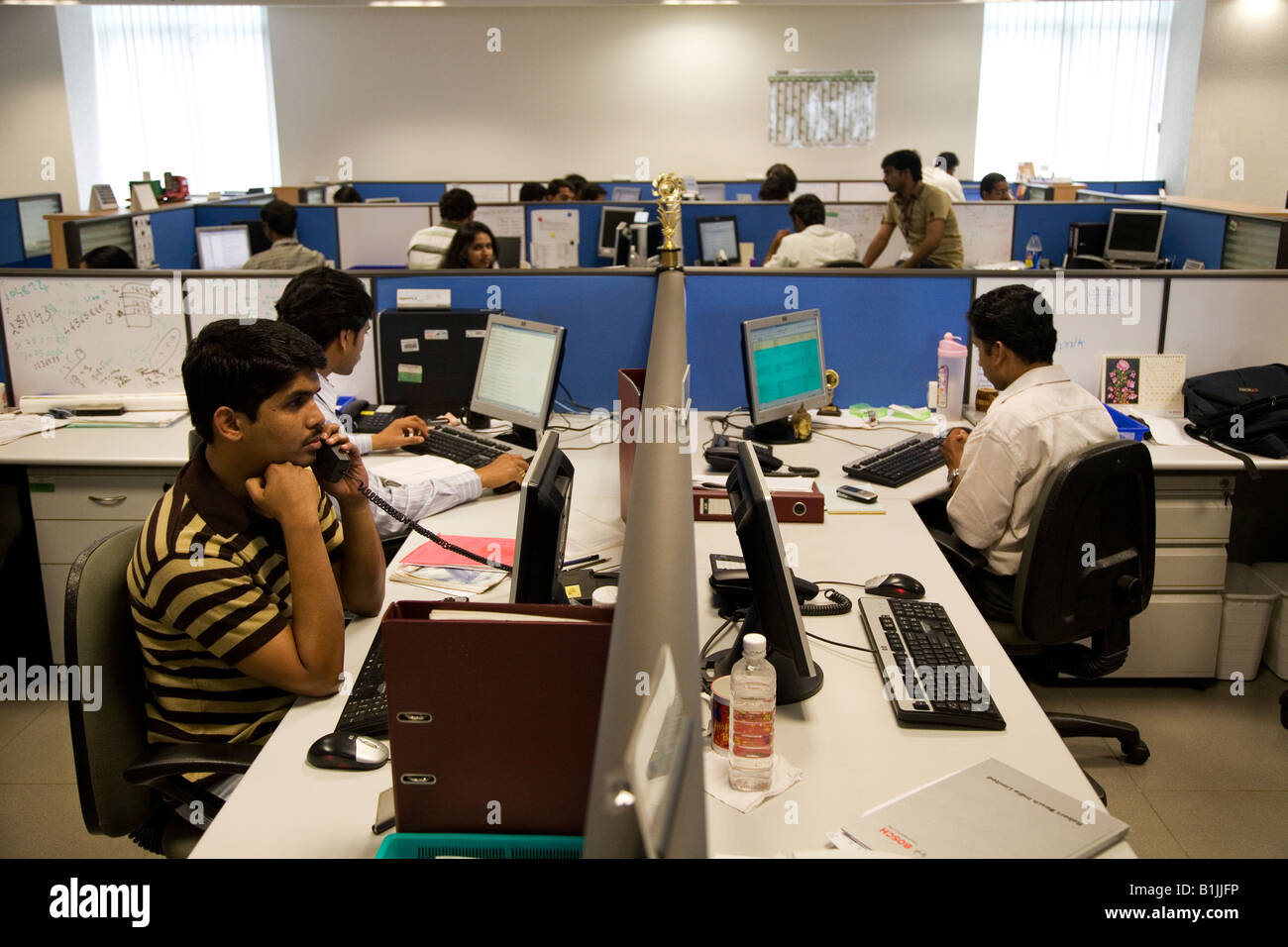 office layout software free. beautiful software development is undertaken in an office bangalore india the cubicle layout with free