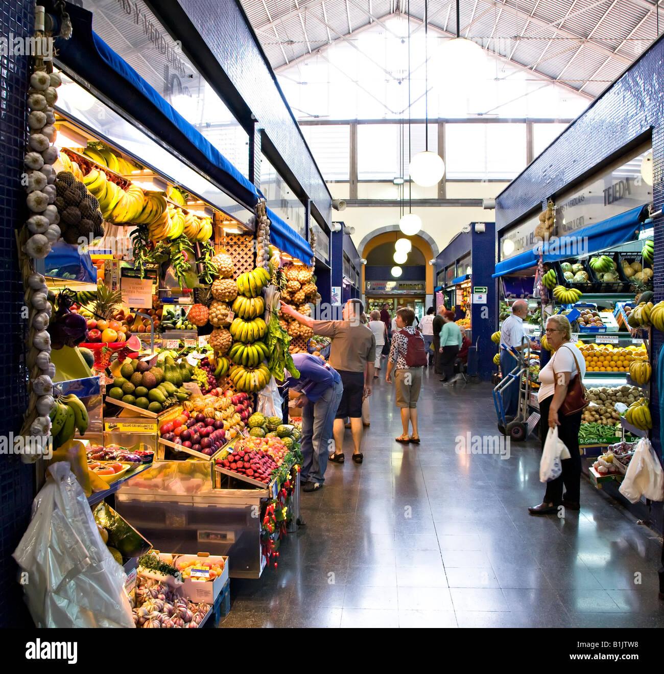 The mercado de vegueta indoor market las palmas gran for Gran canaria padel indoor