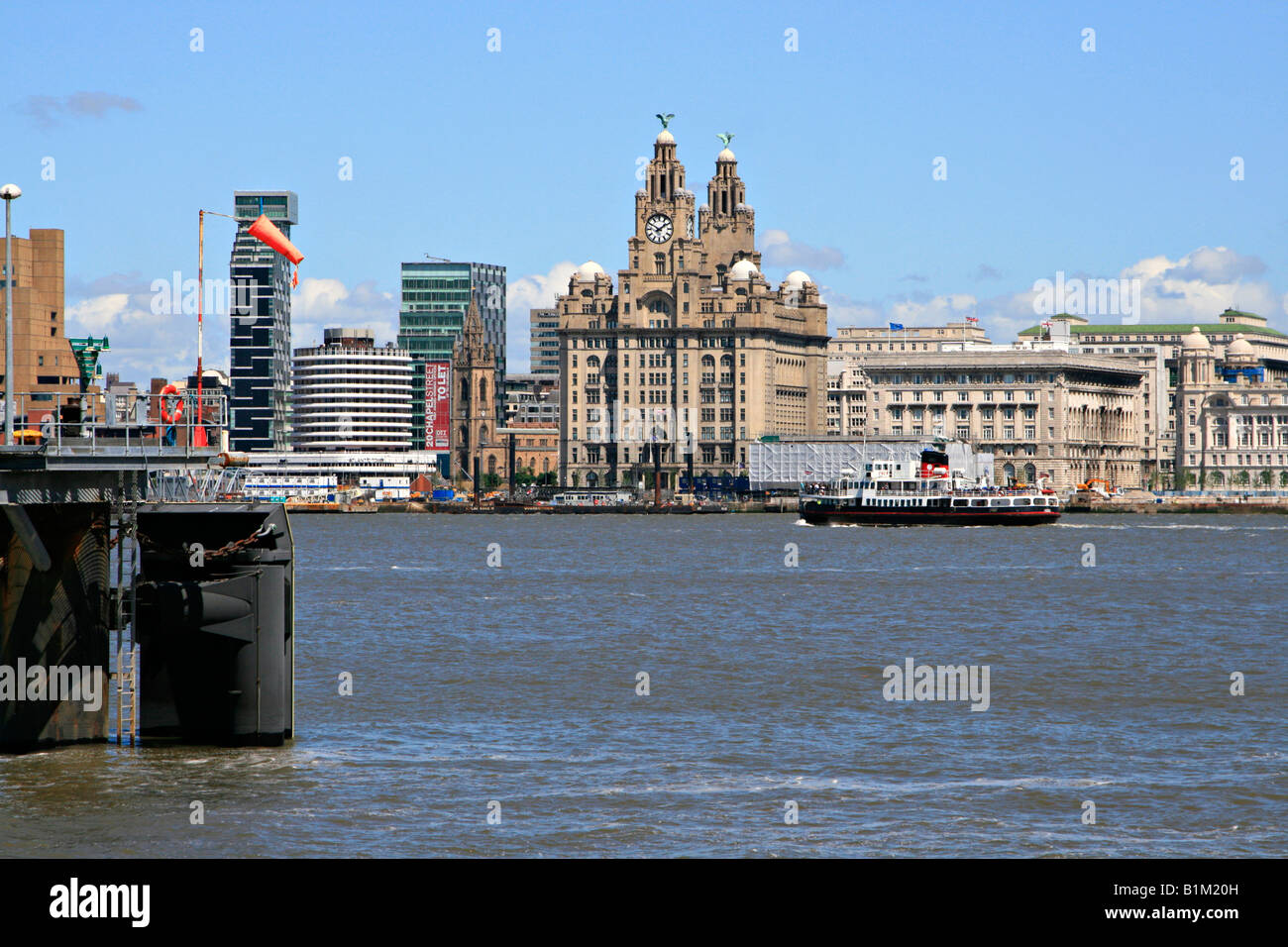 the river mersey By connor bennett the river mersey is increasing in popularity with local fishermen and angling enthusiasts seen to be trying their hand at making a catch.