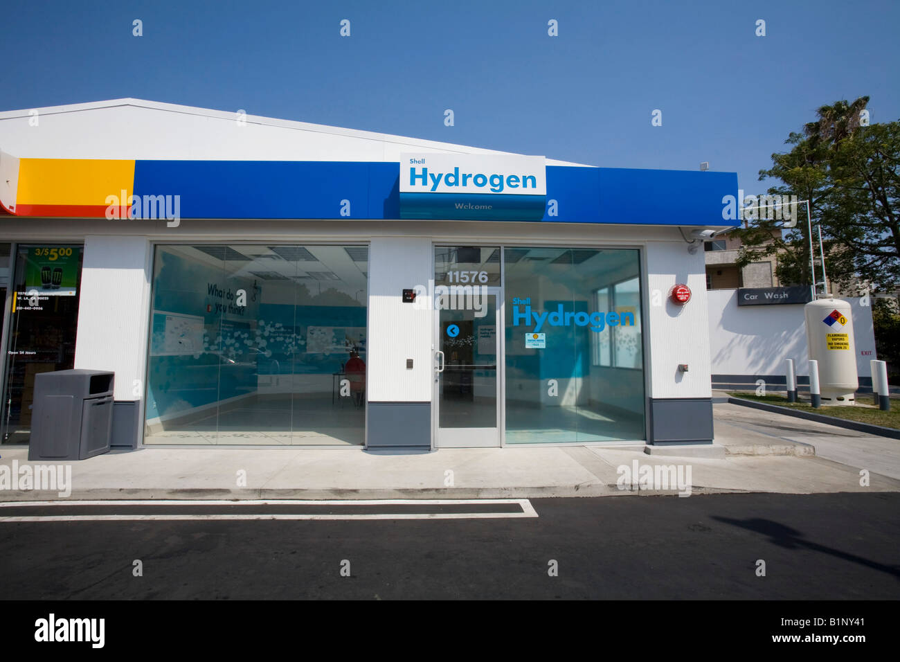 Shell station is the first retail Hydrogen refueling station in