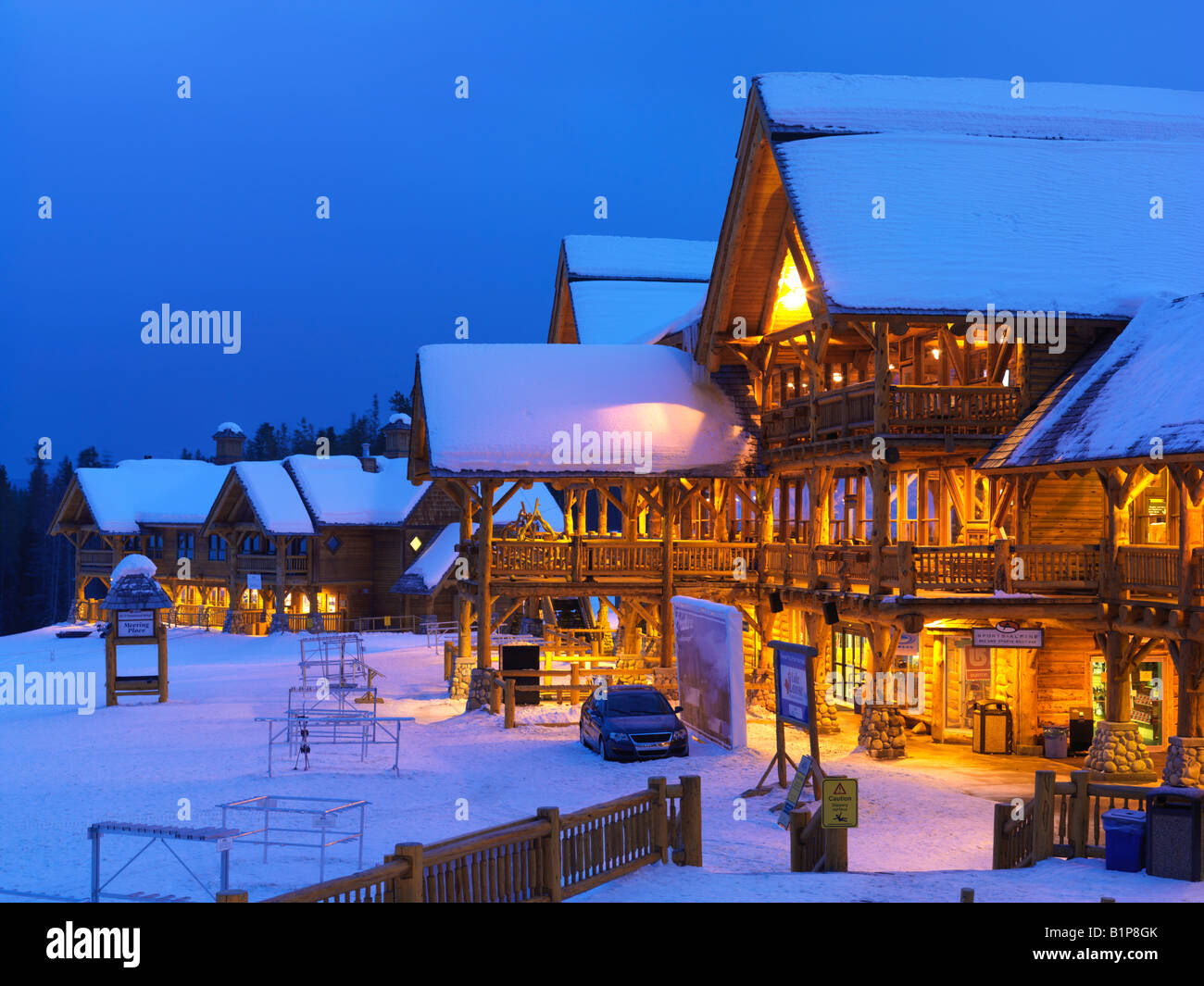 ski lodge in winter - photo #42