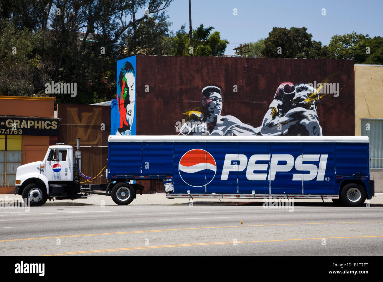 Pepsi Truck And A Mural Of Muhammed Ali On La Brea Blvd Los ...