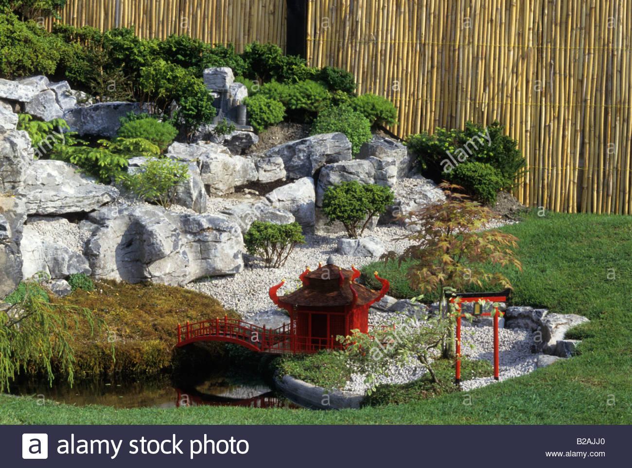 Chelsea Flower Show 1995 Miniature Japanese Garden Stock