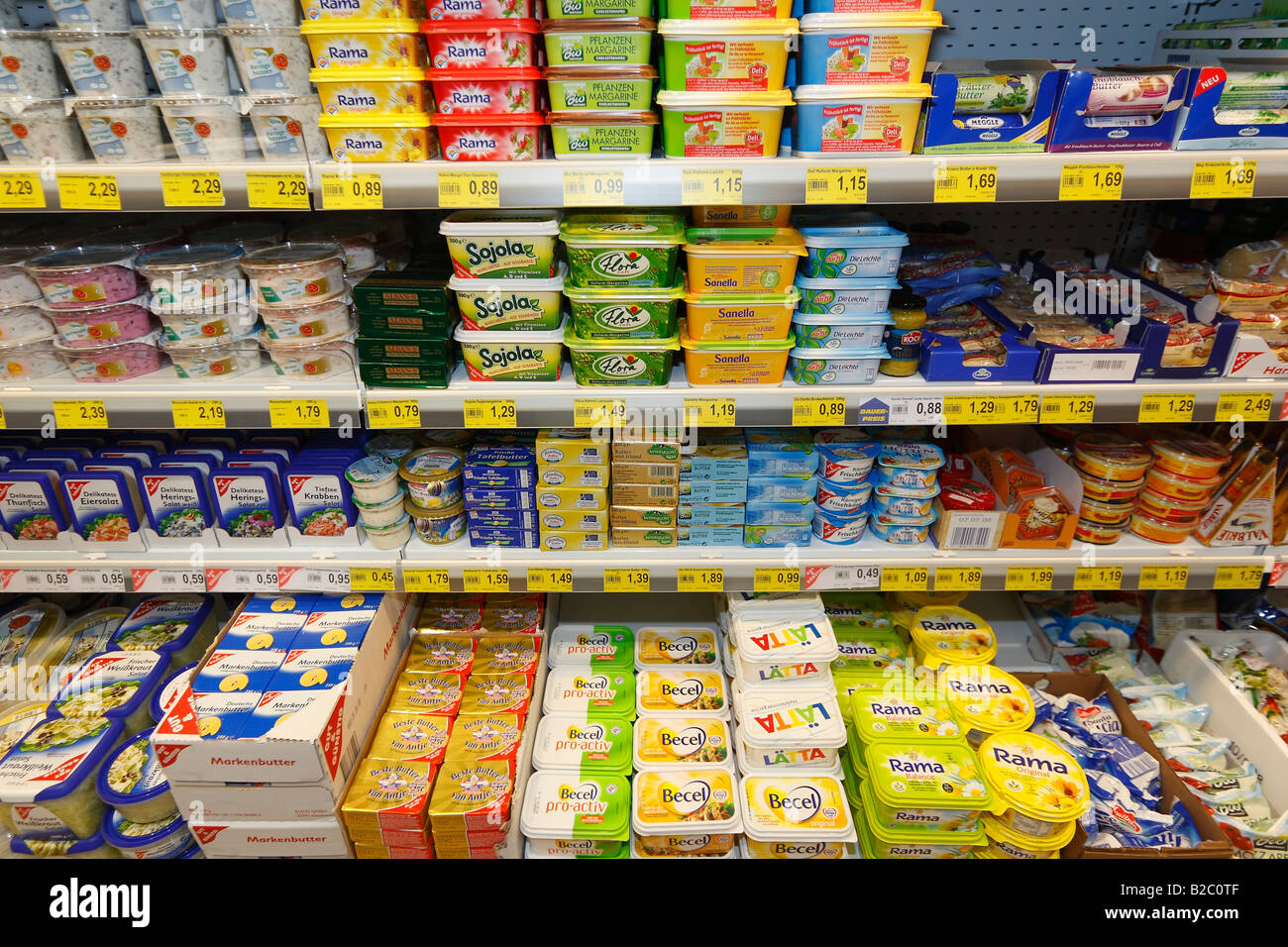 butter and margarine in a supermarket paffrath bergisch gladbach stock photo 18703791 alamy. Black Bedroom Furniture Sets. Home Design Ideas