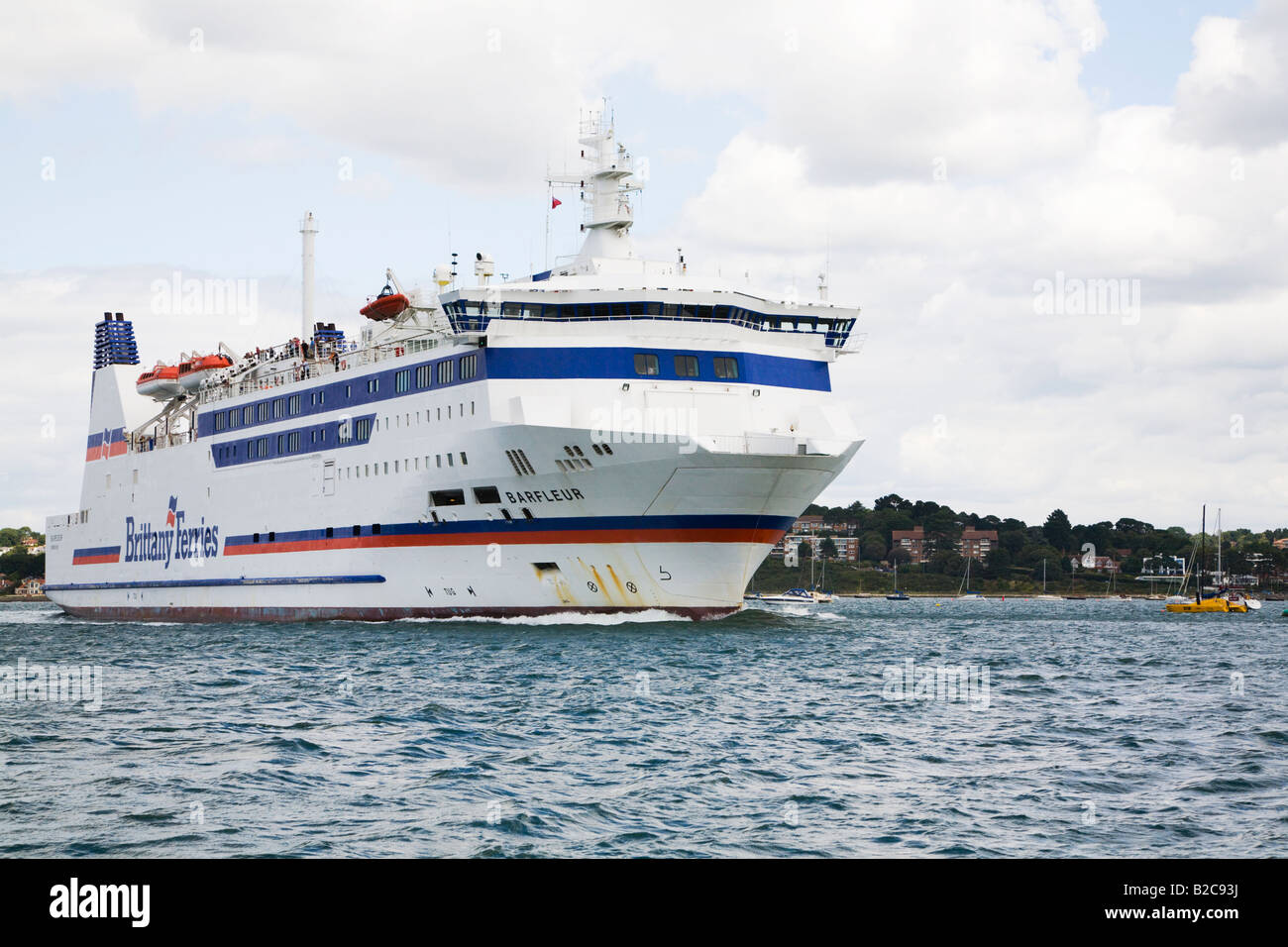 Barfleur cruise ferry ship information brittany ferries - Brittany Ferries Ship Barfleur Leaving Poole Harbour Dorset For The English Channel Crossing To France