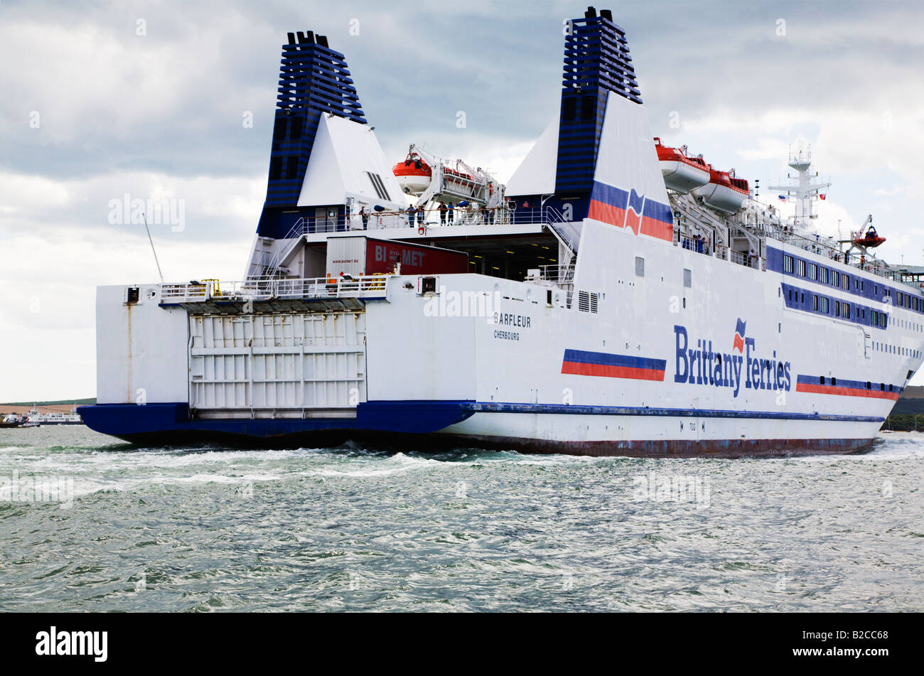 Barfleur cruise ferry ship information brittany ferries - Brittany Ferries Ship Barfleur Leaving Poole Harbour Dorset For English Channel Crossing To France