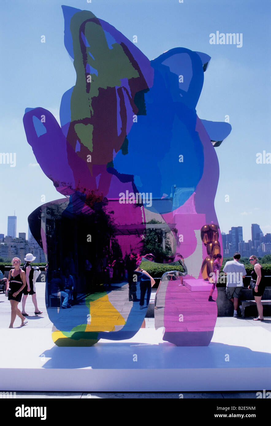 Coloring book by jeff koons - New York City Jeff Koons Sculpture At The Metropolitan Museum Of Art Roof Garden Usa