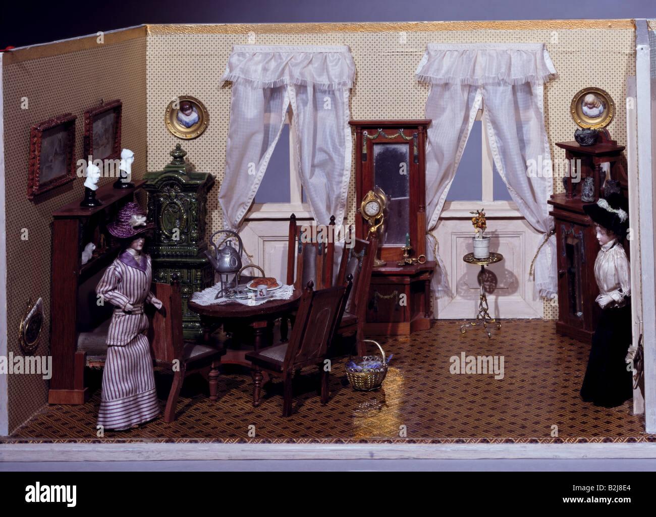 toys, dolls, dollhouse, living room, South Germany, circa 1900 ...