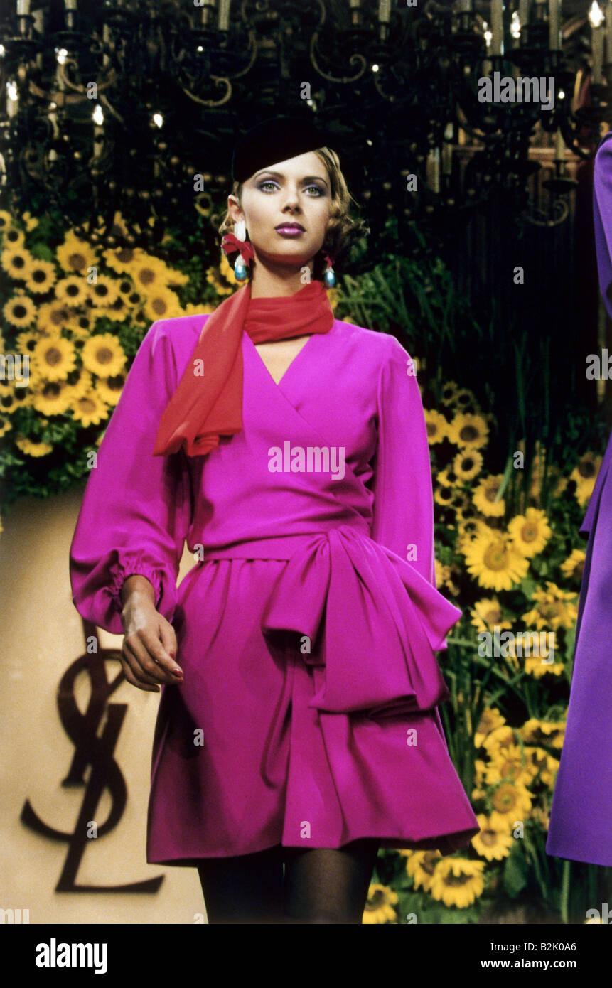1991 runway fashion show - 4 10