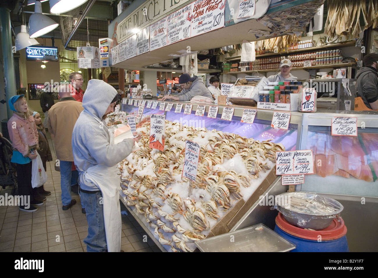 Pike place fish market in downtown seattle washington for Fish market seattle
