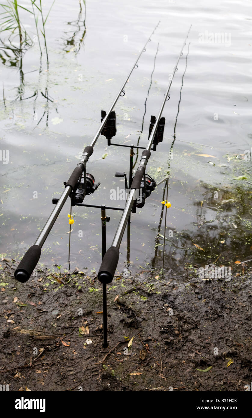 Fishing rods and reels set up with electronic bite alarms for Fishing rod setup
