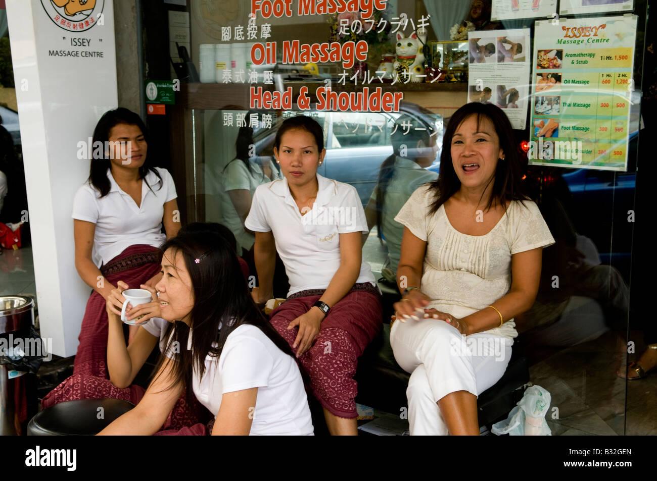 bangkok massage parlour