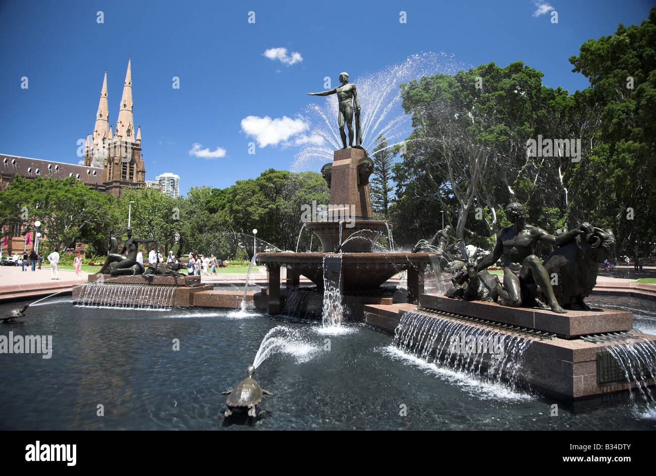Water fountains hyde park - Fountain In Hyde Park In Sydney Australia