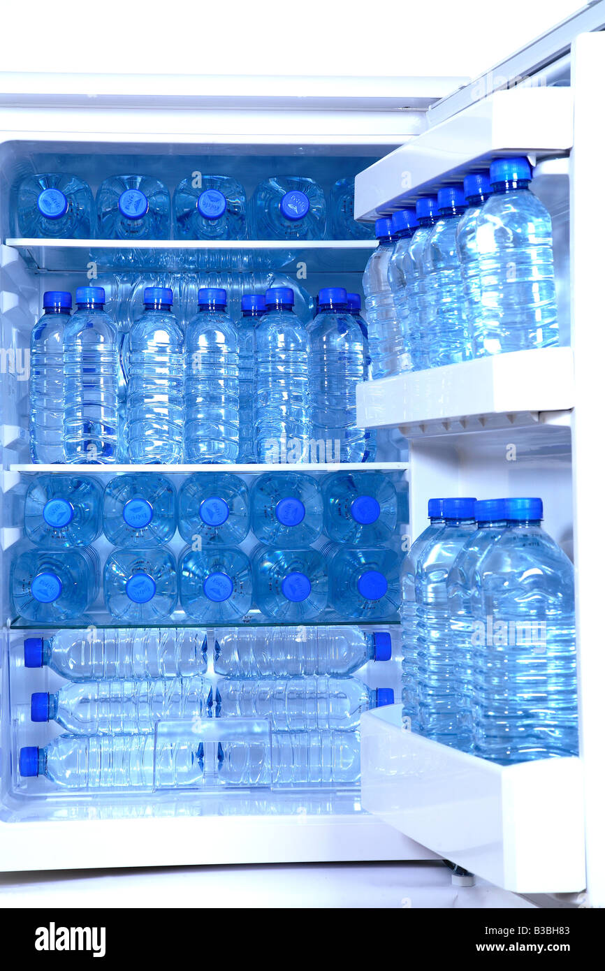 hook up bottled water refrigerator Connecting a water line for a refrigerator icemaker and water dispenser is easy with convenient tee you must instead find another spot to hook up the water line.