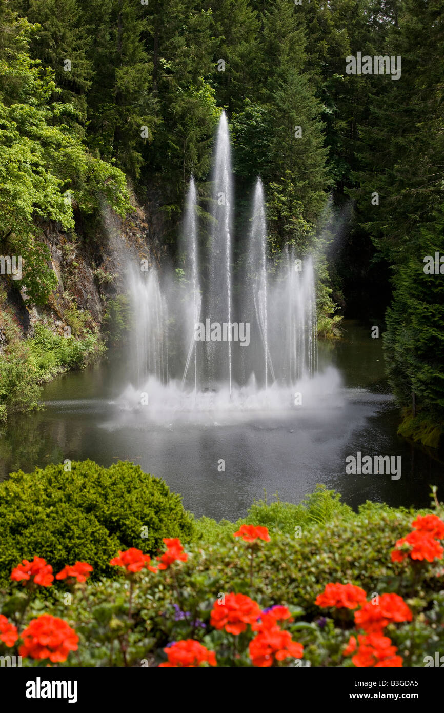 Ross Fountain, The Sunken Garden At Butchart Gardens, Brentwood Bay,  Vancouver Island, British Columbia, Canada