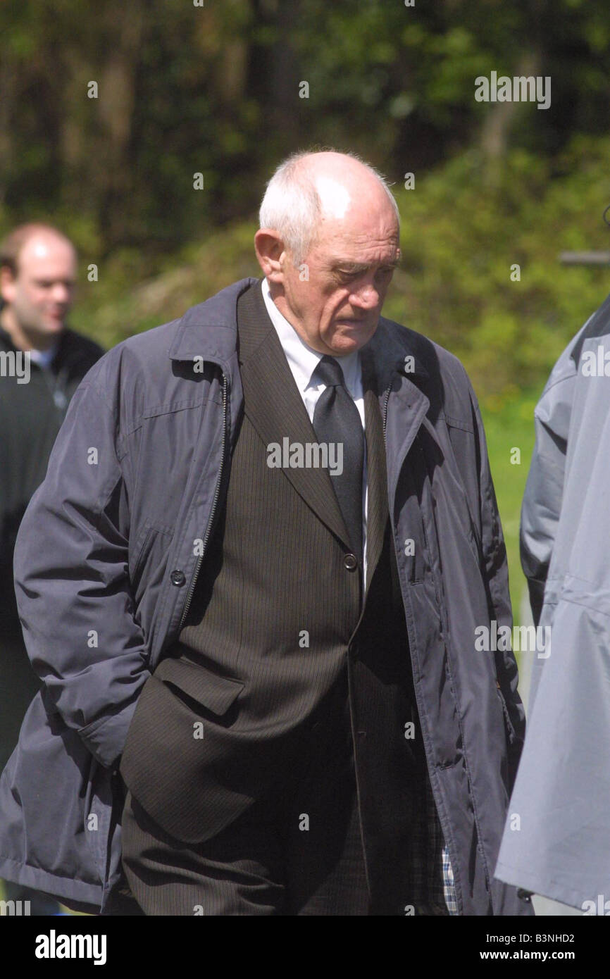 Eastenders April 2001 Filming of a Ashley Cotton s Funeral ...