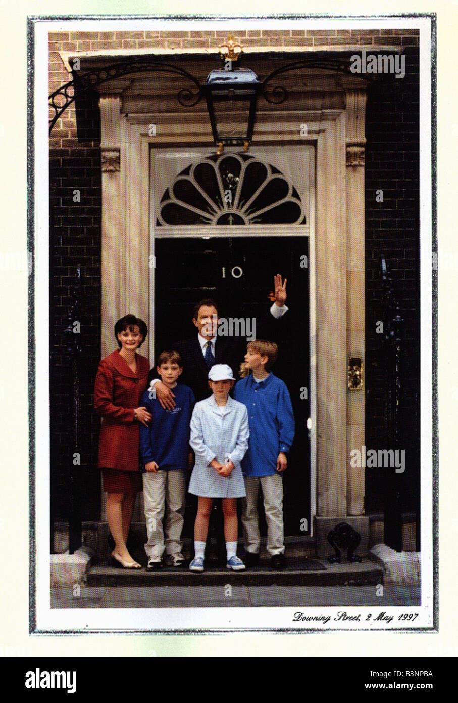 Tony Blair Christmas card December 1997 Tony Blair and family ...