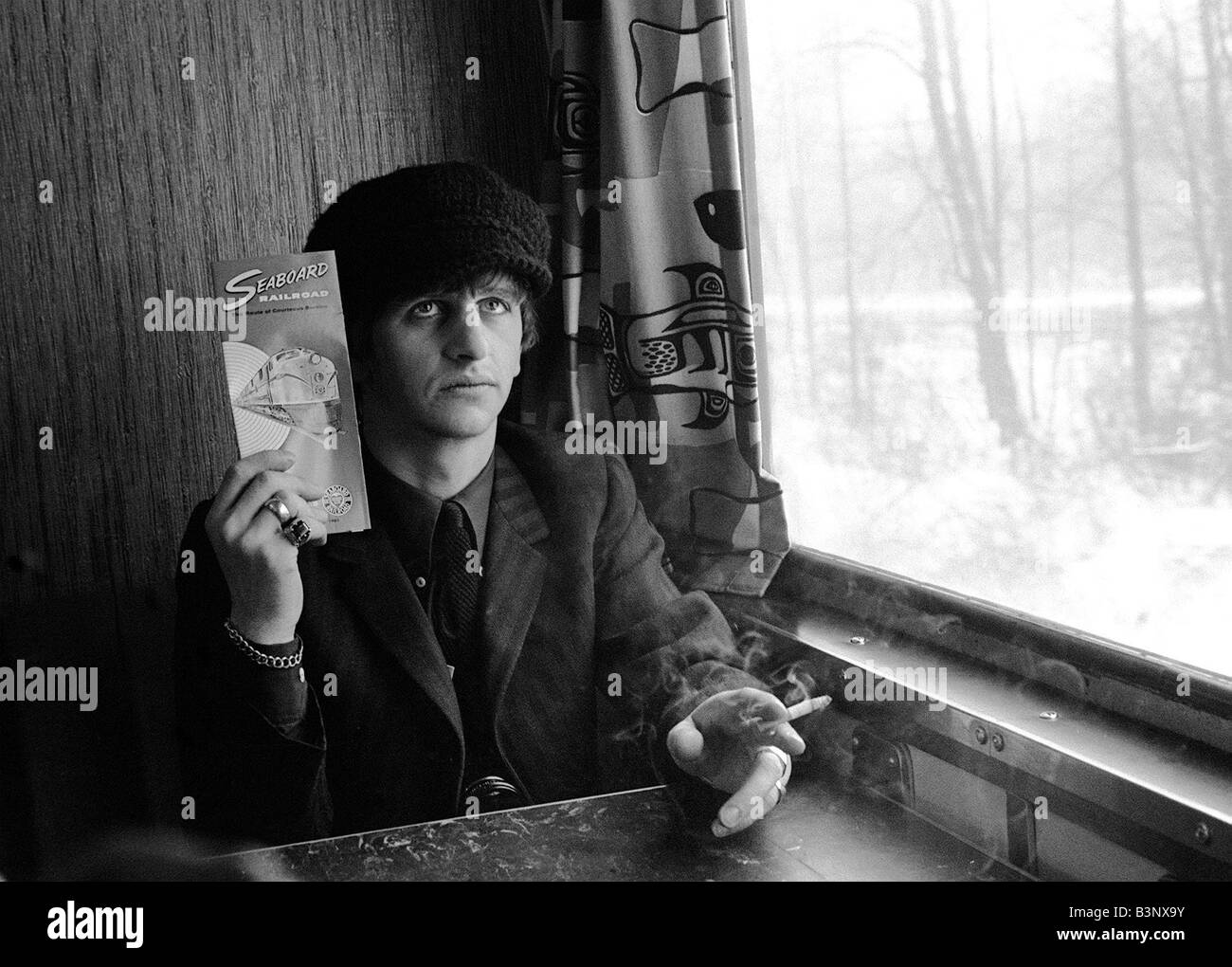 The Beatles February 1964 Ringo Starr holding Seaboard ...  The Beatles Feb...