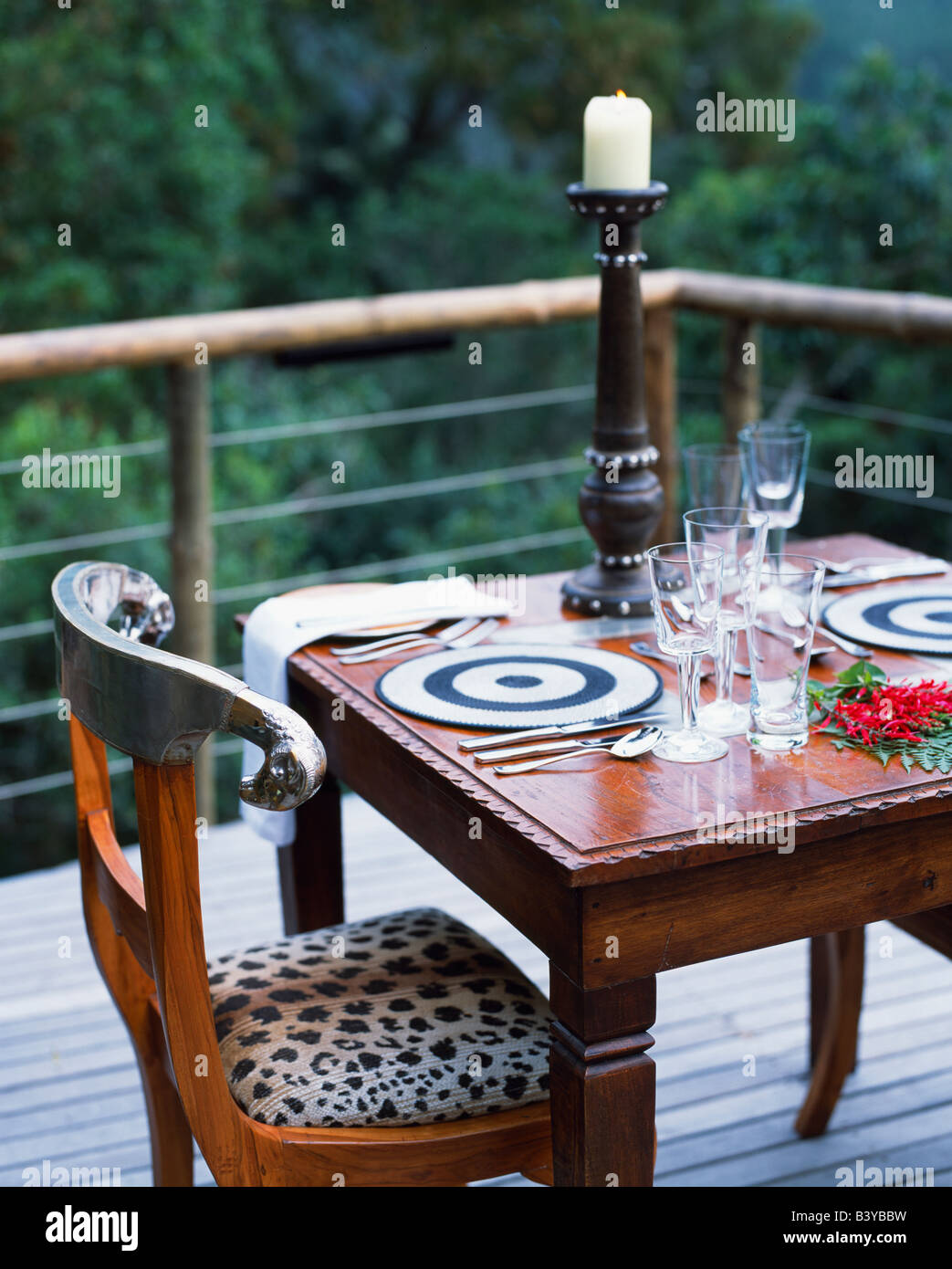 South Africa Western Cape Plettenberg Bay Tsala Treetop Lodge Dining On The Deck