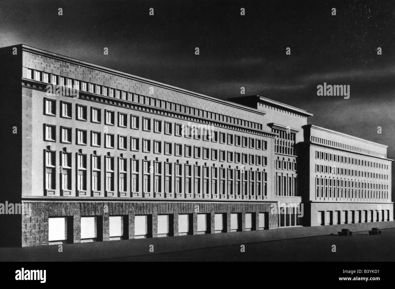 National socialism nazism architecture headquarters of for Architecture nazi