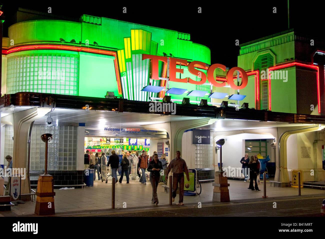 entrance-to-tesco-supermarket-in-former-