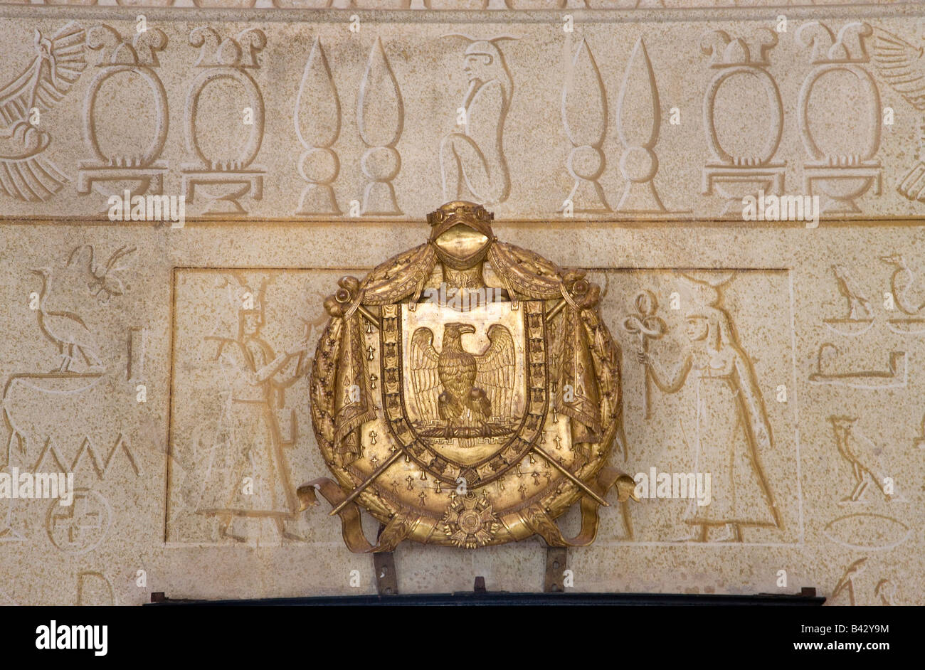 Egyptian symbols on villa of san martino on the island of elba in egyptian symbols on villa of san martino on the island of elba in the tuscan archipelago of italy europe where napoleon buycottarizona Image collections