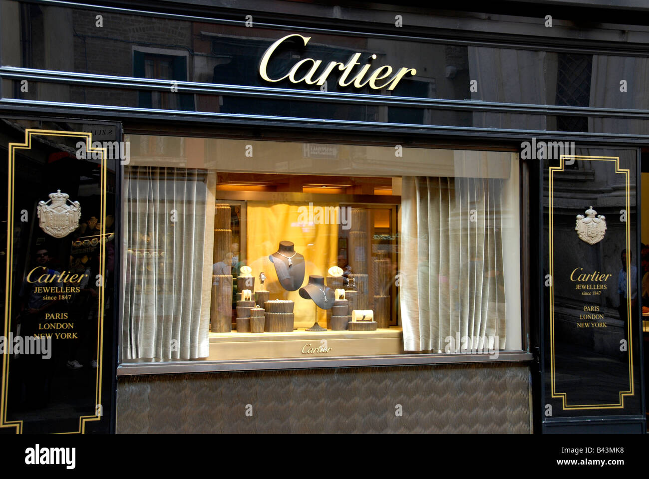 Cartier Outlet Store