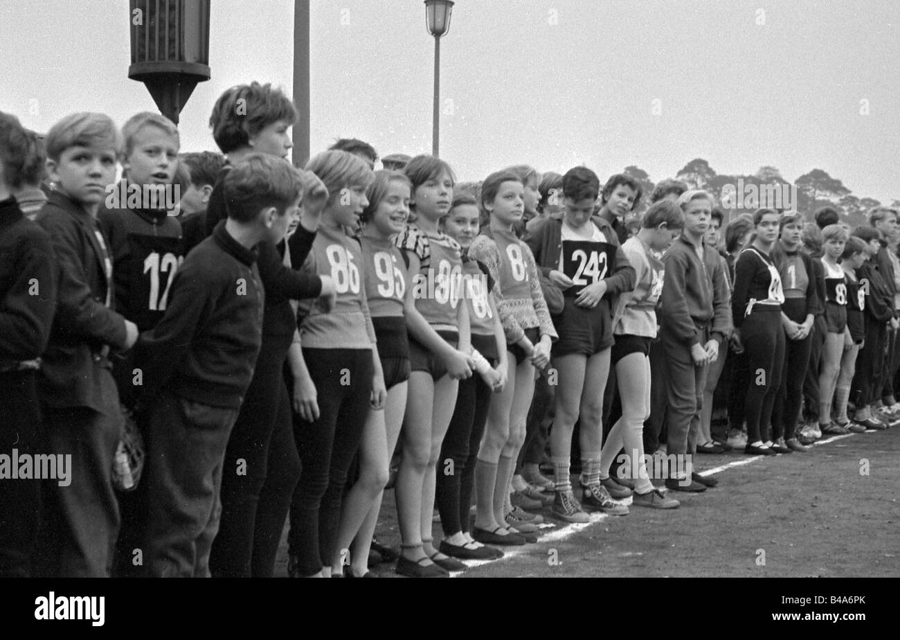 sports, running, Berlin, 1951, cross country race of ...