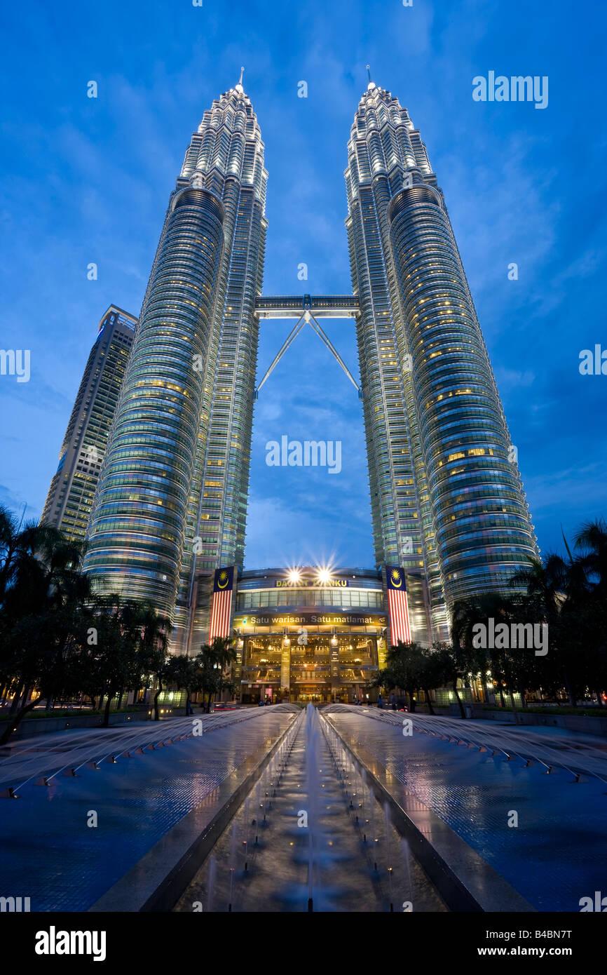 Asia malaysia selangor state kuala lumpur petronas towers 88 asia malaysia selangor state kuala lumpur petronas towers 88 storey steel clad twin towers with a height of 4519 metres buycottarizona Gallery