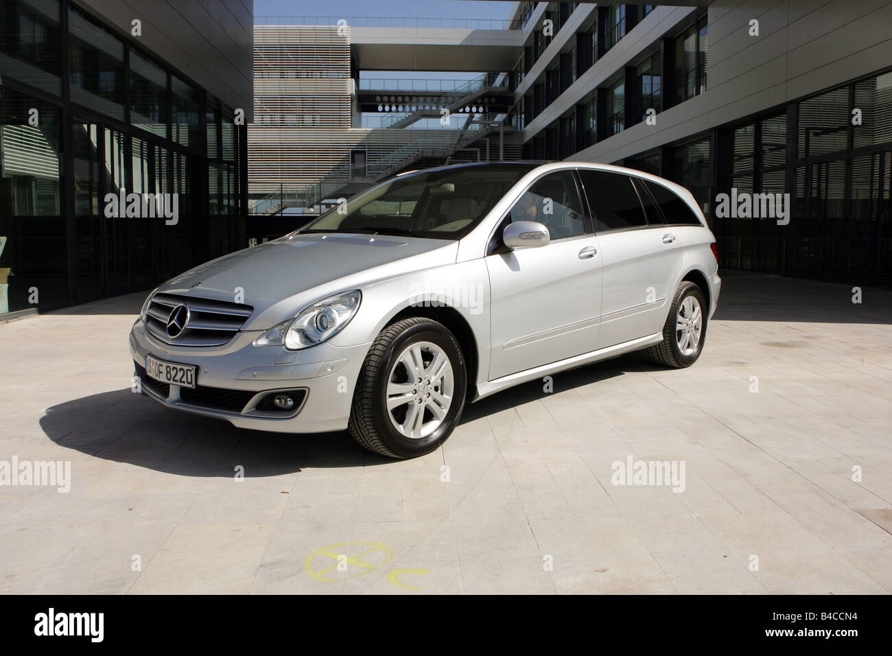 car mercedes r 500 r klasse model year 2005 silver van stock photo royalty free image. Black Bedroom Furniture Sets. Home Design Ideas