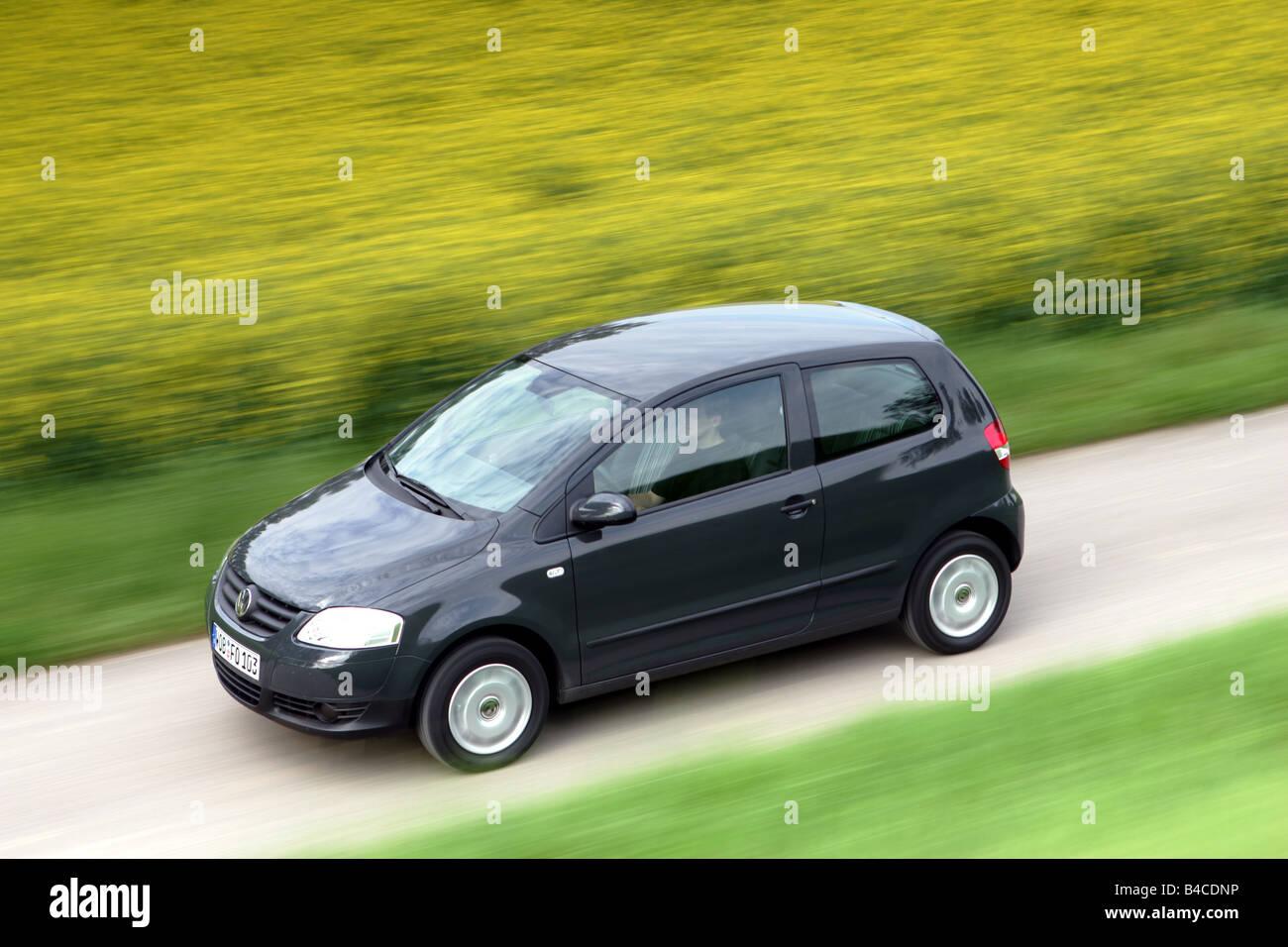 car vw volkswagen fox 1 2 model year 2005 black. Black Bedroom Furniture Sets. Home Design Ideas