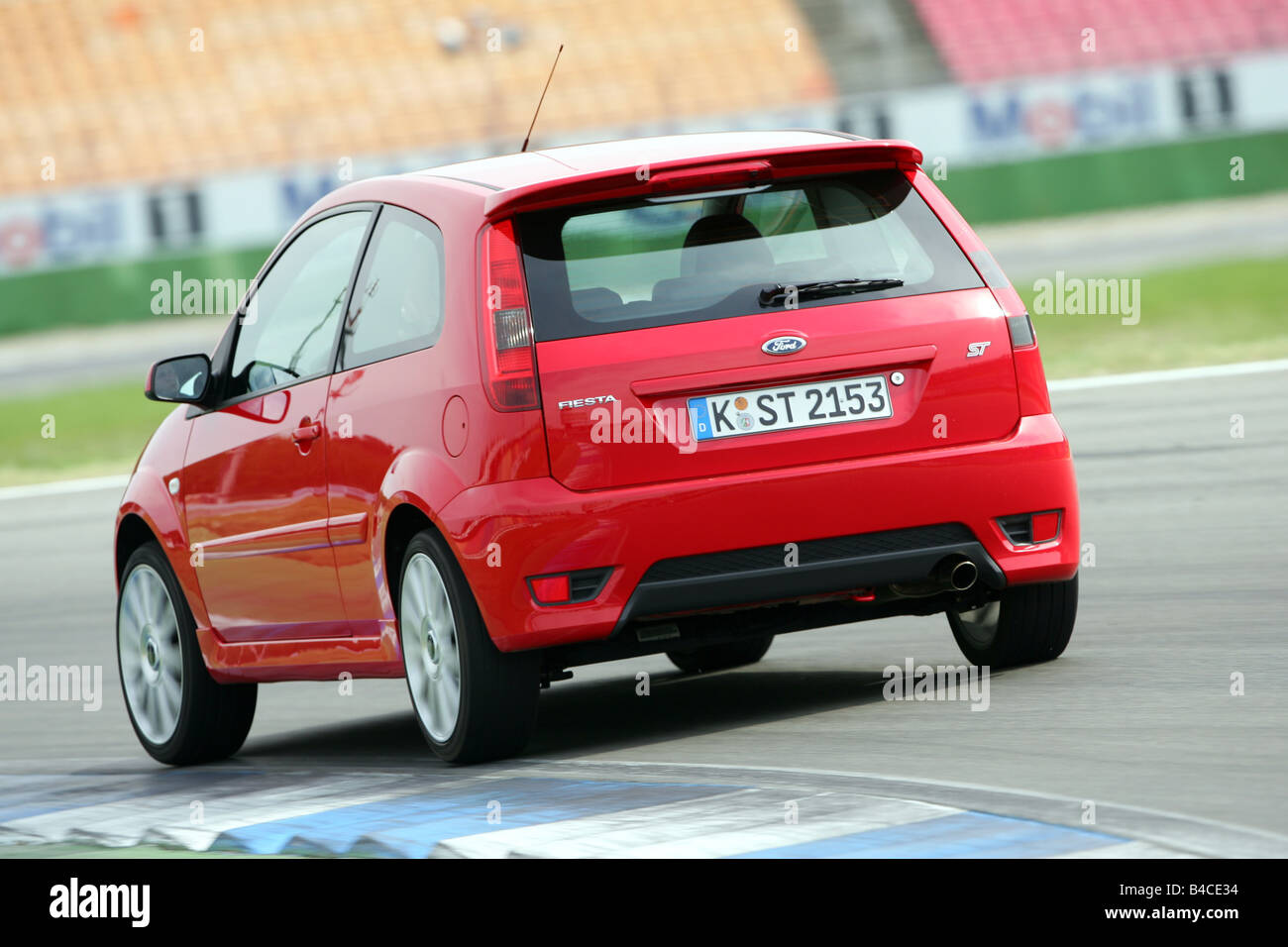 Car ford fiesta st small approx red model year 2005