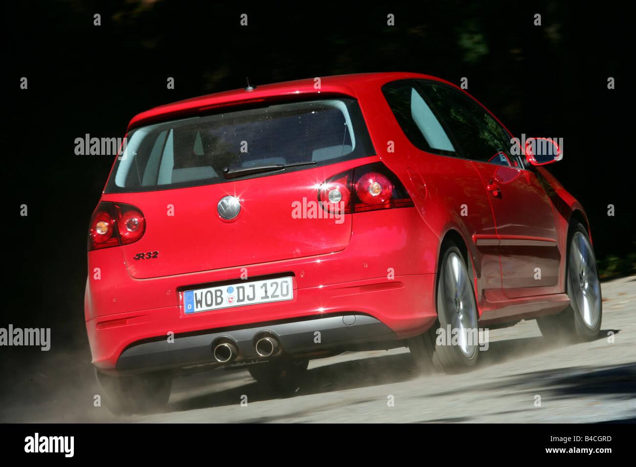 Golf 5 r32 red
