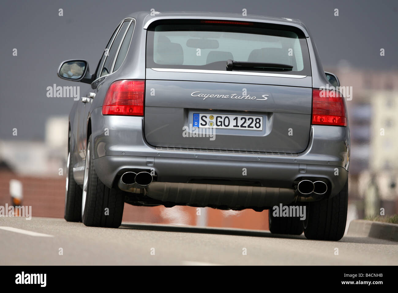 Porsche cayenne turbo s model year 2006 silver anthracite driving